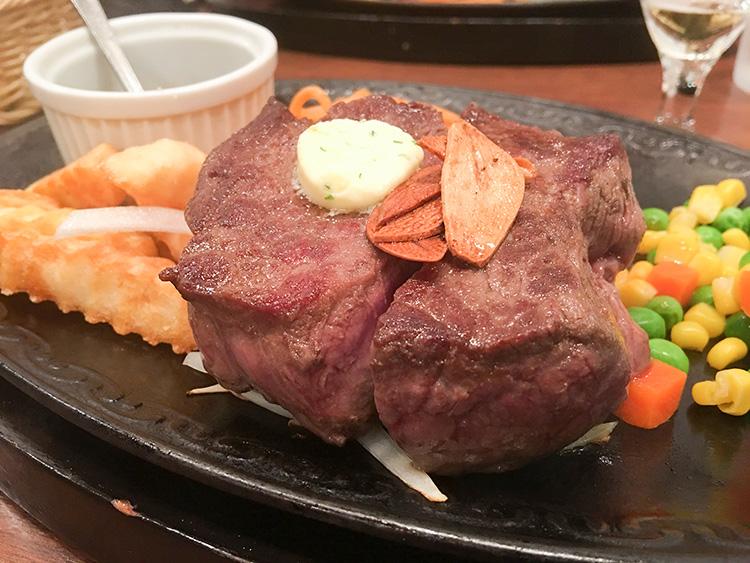 墨田区にある肉のカタヤマのステーキ