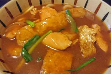 日本の国民食「カレー」は、ごはん? それとも麺類?